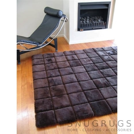 Bowron Stella Shearling Rug - Brown