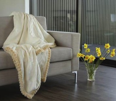 Bowron Silk Blanket with Lambswool Fringe - Ivory