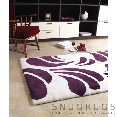 Bowron Baroque Cherry Shearling Rug - Purple & White